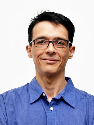 Dr. Ignacio Lobato