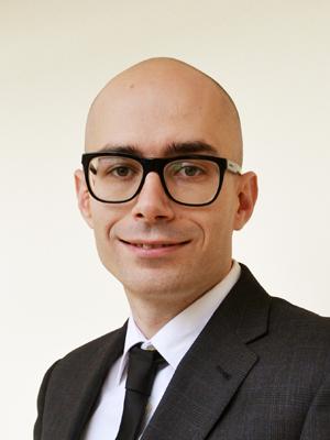 Dr. Jorge Alonso