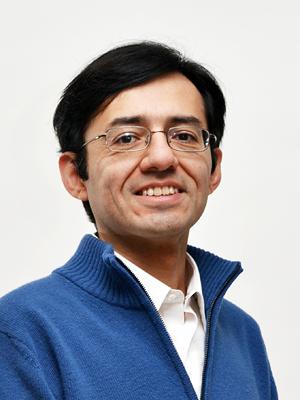 Dr. Felipe Meza