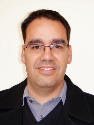Dr. Enrique Seira