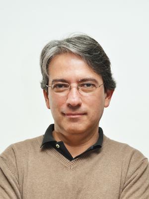 Dr. Carlos Urrutia