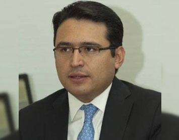 Congratulations to José Bernardo González Rosas for being placed in charge of the Finance Ministry's Banking,  Securities and Savings Unit. He earned a bachelor's degree in business administration, with a specialty in finance,  from ITAM. He also holds a master's degree in public policy, with a focus on international and development  policies, from the University of Georgetown.